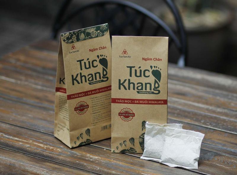 Combo 2 gói Thảo Dược Ngâm Chân Túc Khang ( 2 gói - 30 túi lọc, dùng trong 1 tháng) - Đá Muối Himalaya kết hợp 9 loại Thảo Dược Quý nhập khẩu