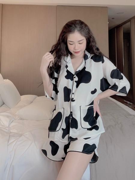 Nơi bán [Siêu Hot] Bộ đồ Pijama lụa💖Bộ lụa thiết kế Quần Sooc Họa tiết chất liệu mát lịm[HÀNG ĐẸP CHUẨN]