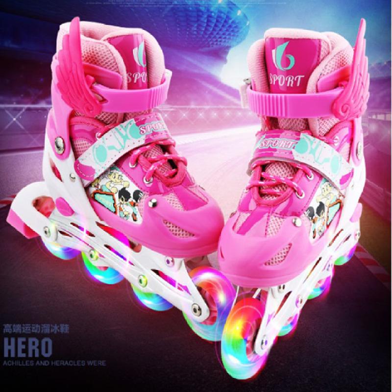 Phân phối giày patin, giày trượt patin 4 bánh phát sáng kích thước điều chỉnh linh hoạt, giày patin trẻ em từ 3-15 tuổi ( Tặng: đệm bảo vệ tay chân)