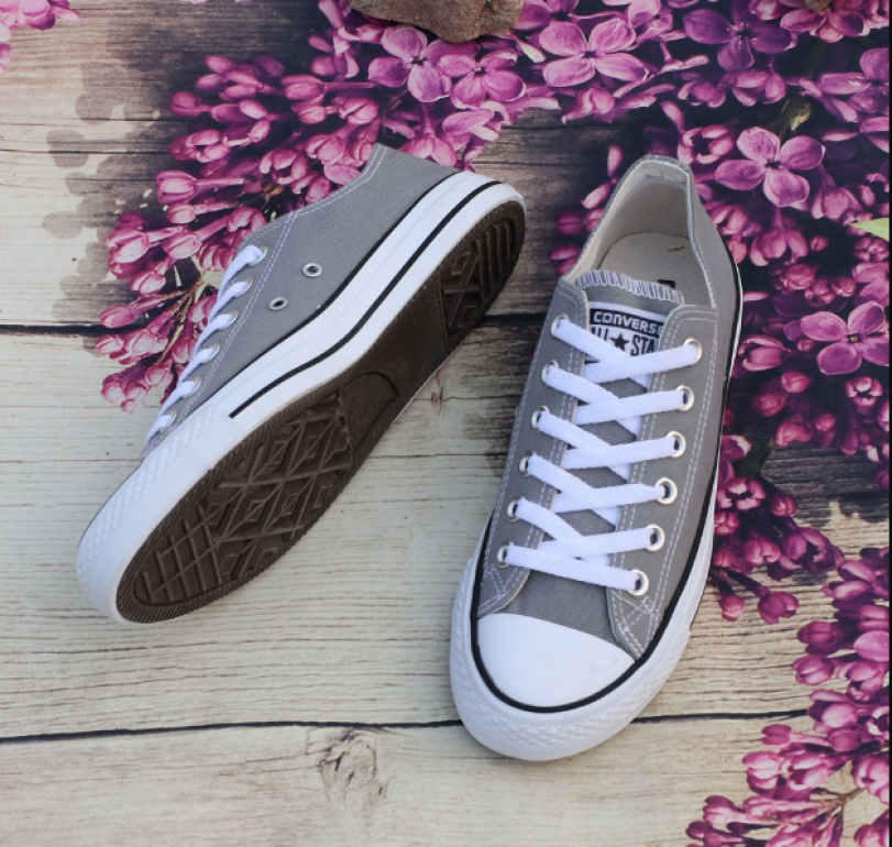 giày thể thao Nam - Nữ cổ thấp classic màu xám giá rẻ