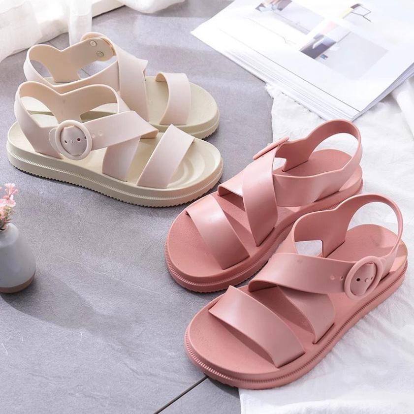 sandal đế cao su êm chân giá rẻ