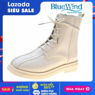 Mẫu Boots hot trend của năm 2021 cao 20cm, ôm chân, dây buộc, chất liệu bằng da siêu bền mã 68717 Bluewind thumbnail
