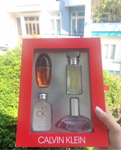 Set Nước Hoa CK Calvin Klein 4 Chai 15ml Chính Hãng Dành Cho Nữ