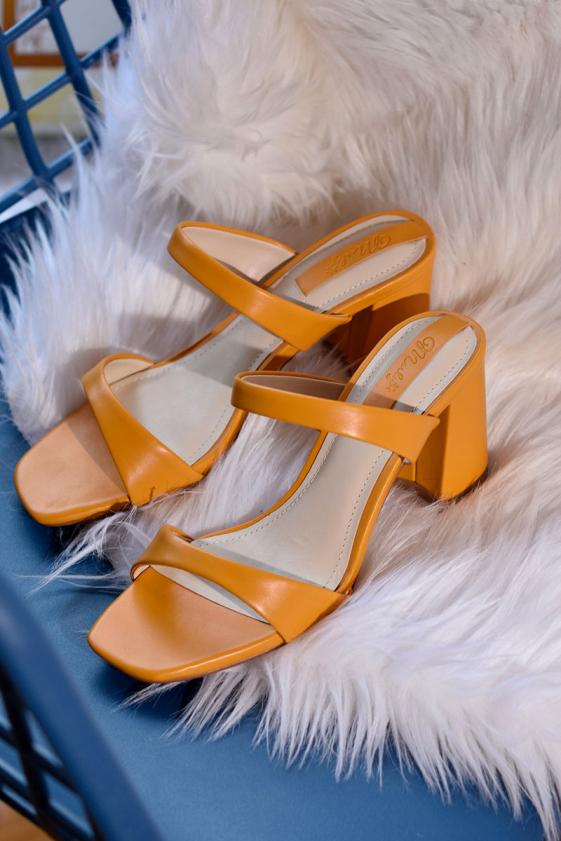 Giày sandal gót thô Merly 1342 giá rẻ