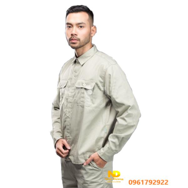 Quần áo bảo hộ màu ghi xám