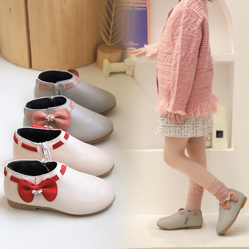 Giá bán Giày bốt cho bé gái cỏ thấp gắn nơ xinh xắn chất liệu da cao cấp thoáng khí ấm áp dành cho bé 1 -7 tuổi