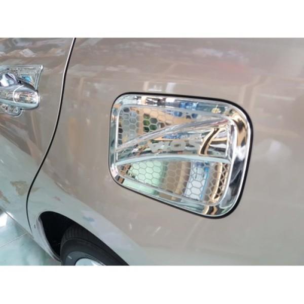 Ốp nắp bình xăng Toyota Vios 2019-2020-2021