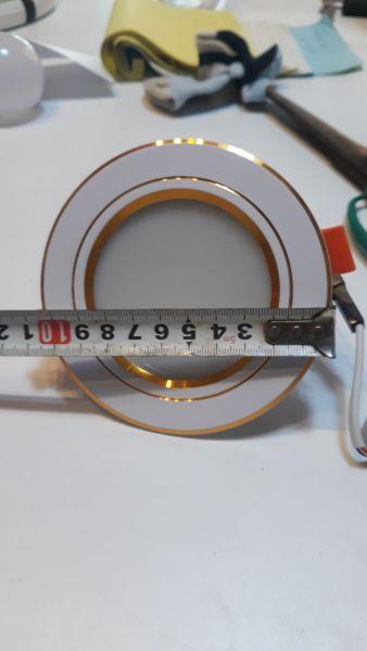 Đèn Led Âm Trần 3 màu 7w Cao cấp.  Ánh sáng: 3 chế độ ánh sáng Lỗ khoét 90 và lỗ 76