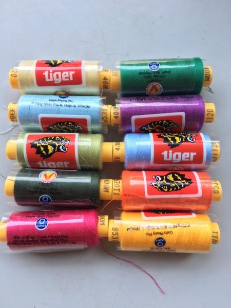Combo 10 cuộn chỉ tiger 400M 10 màu khác nhau shop bán theo set khách chọn màu trong phân loại set