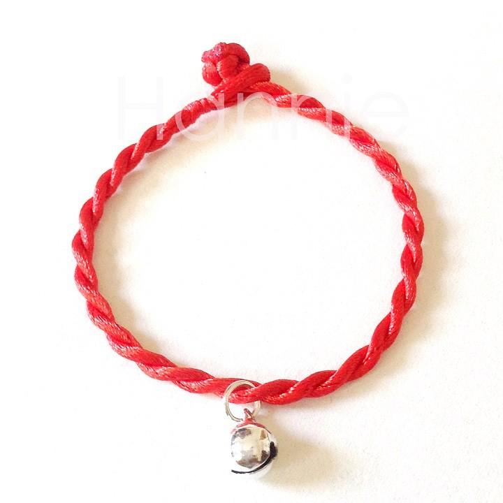 Vòng tay chỉ đỏ may mắn chuông bạc - Vòng phong thủy bình an nam nữ