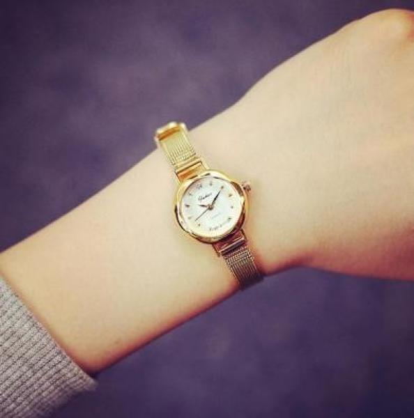 [HCM]Đồng hồ nữ YUHAO mặt vát 3D dây thép lụa xinh xắn