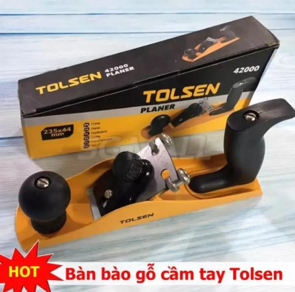 Mua bán máy bào gỗ cầm tay TOLSEN, máy bào gỗ mini cầm tay nhỏ gọn tiện lợi. Lưỡi bào sắc bén cho bề mặt sản phẩm phẳng mịn. Giảm giá 50% khi mua sắm tại NTH shop. MSP 1689