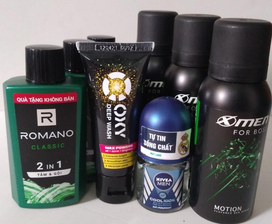 Set Du Lịch 8 Món For Men ; 3 Romano 2 IN1 - 60g, 3 Xịt Xmen For Boss 40ml, 1SRM Oxy 25g, 1 Lăn khử mùi Nivia Men 12ml - Hàng Mini