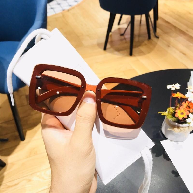 Giá bán Kính Gucci Đen Đỏ Vuông Cao Cấp Cho Nữ Full Box