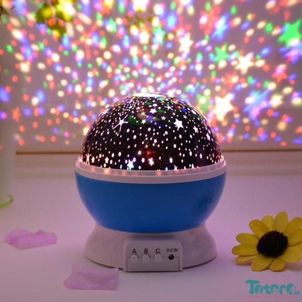Đèn chiếu sao tự xoay 360 Star Master pro, trang trí phòng lộng lẫy như bar, ánh sáng  7 dải màu, tiết kiệm điện, nhỏ gọn  tiện dụng. có nút bấm điều khiển, GÍA GIẢM MÙA COVOT19 ( BẢO HÀNH 1 ĐỔI 1 TRÊN TOÀN QUỐC)