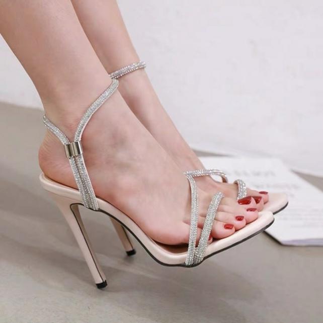 Giày Sandal Cao Gót Đính Hạt 11P giá rẻ