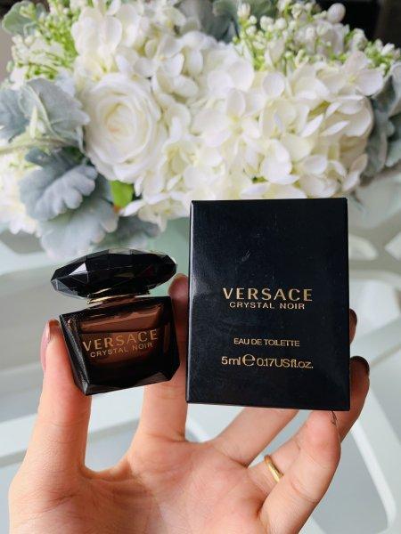 Nước Hoa Versace Crystal Noir Mini 5ml