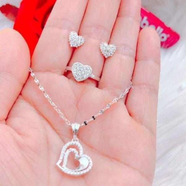 Bộ trang sức trái tim bạc 925, thiết kể sang trọng, tinh tế, chất liệu an toàn cho người sử dụng, đảm bảo hàng đúng với mô tả