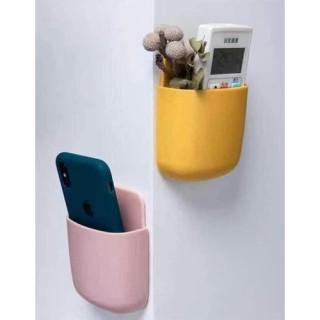 Ống cắm điều khiển điều hoà , tivi , điện thoại dán tường cực tiện dụng 3