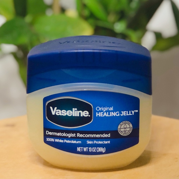 Sáp Dưỡng Ẩm VASELINE 100% Pure Petroleum Jelly Original Hủ Lớn (368g) hạn chế làm da bị khô, nẻ Vaseline Petroleum Jelly Original 13 oz nhập khẩu
