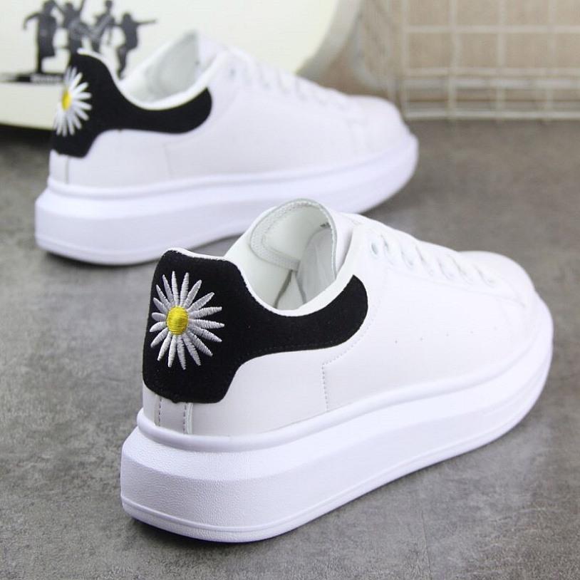giày thể thao nữ độn  đế 5p viền gót đen, gót hoa cúc (clip thật),Đế Cao Su Bên Đẹp Giảm Sốc, Êm Chân, Kiểu Dáng Cá Tính Cực Ngầu giá rẻ
