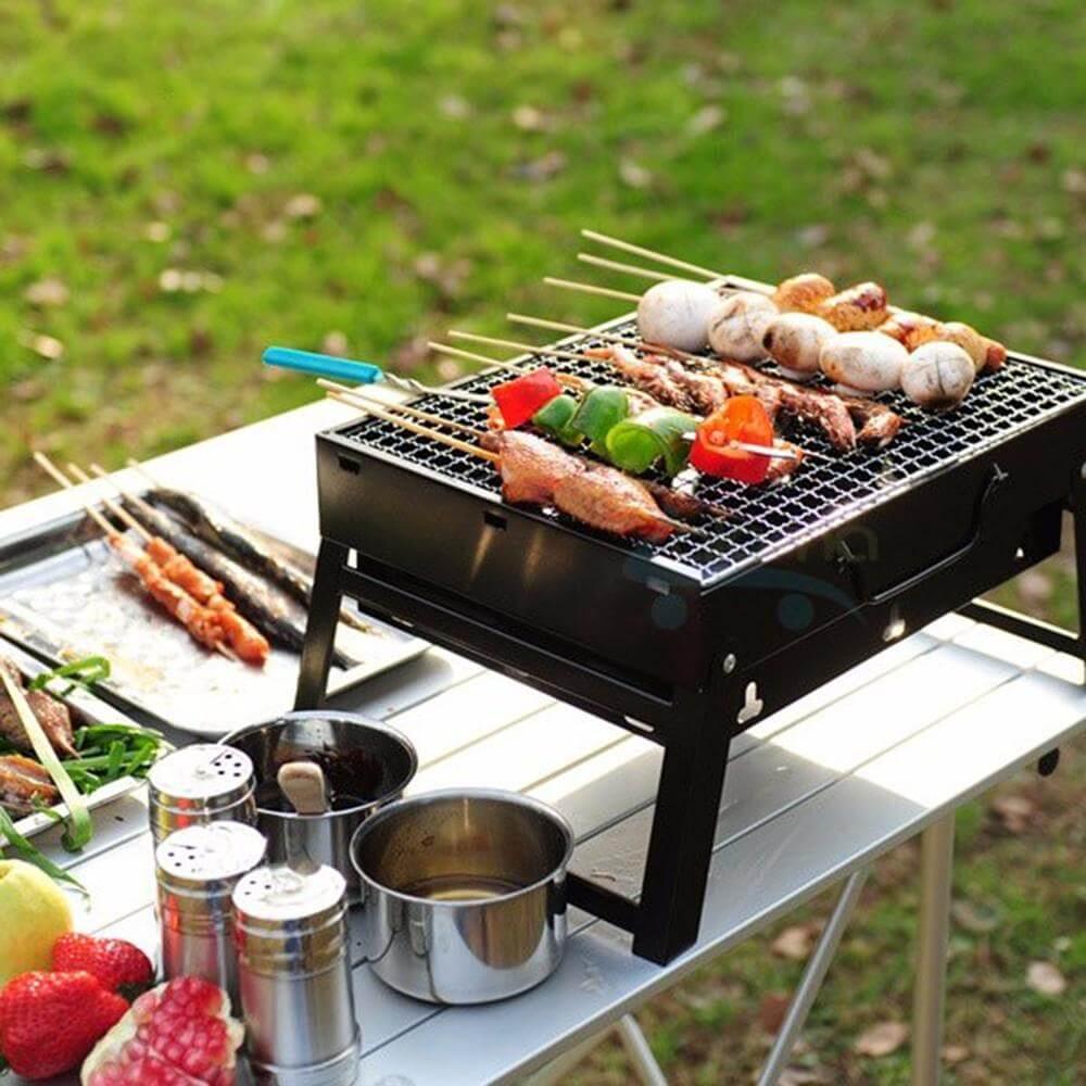 Bếp Nướng Than Hoa Portable Stainless là bếp nướng than hoa giá rẻ dành cho mọi người.Sử dụng phù hợp trong các bữa tiệc ngoài trời, dã ngoại ….