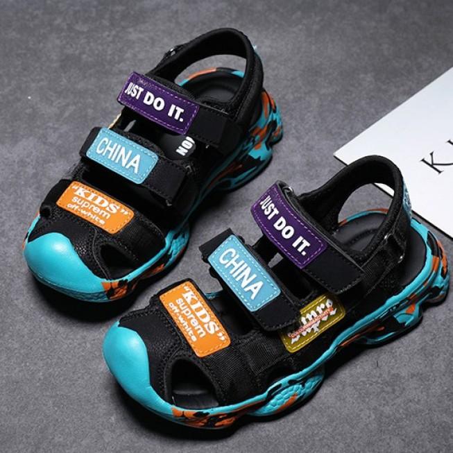[ HÀNG ORDER 15-20 NGÀY ] Giày Sandal bít mũi đế mềm chống trượt 3 sọc ngang bé trai giá rẻ