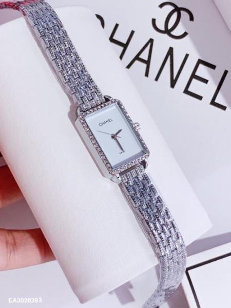 Đồng hồ nữ mặt chữ nhật đủ màu sắc bán chạy