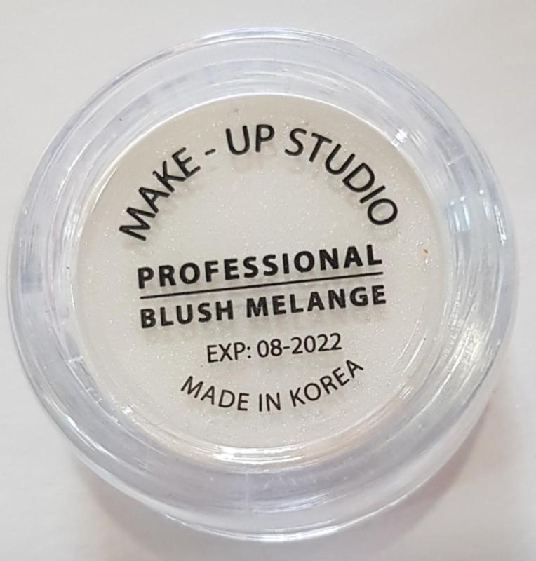 Lót mắt Make -Up studio giá rẻ