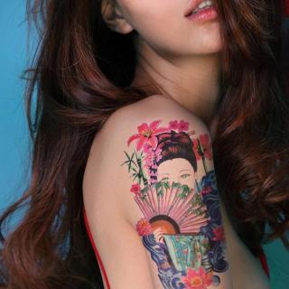 Hình xăm dán to tatoo Geisha kích thước 15 x 21 cm - miếng dán hình xăm đẹp dành cho nữ thumbnail