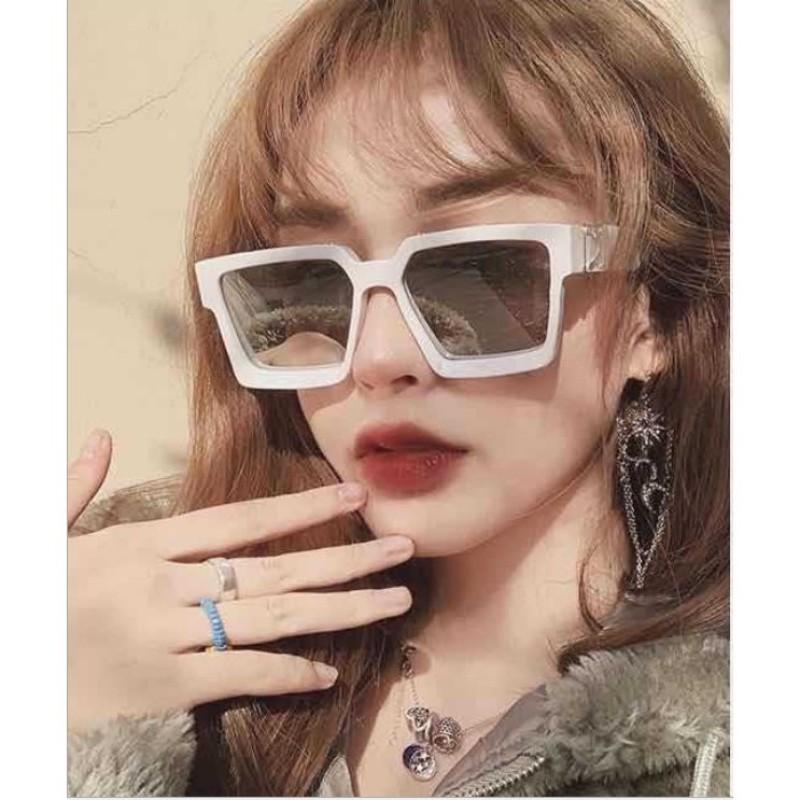 Giá bán Mắt Kính Thời Trang VUÔNG LOGO 003 nội địa sang chảnh cao cấp chống nắng tia uv tia cực tím sỉ rẻ sun glasses