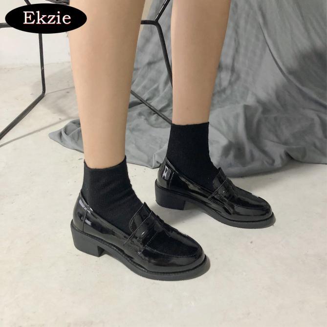2021 mới giày mùa thu của phụ nữ Anh giày da nhỏ cổ điển tất cả các trận đấu phù hợp thoáng khí màu đen giày cao gót dày đế dày một đôi giày đế đạp giá rẻ
