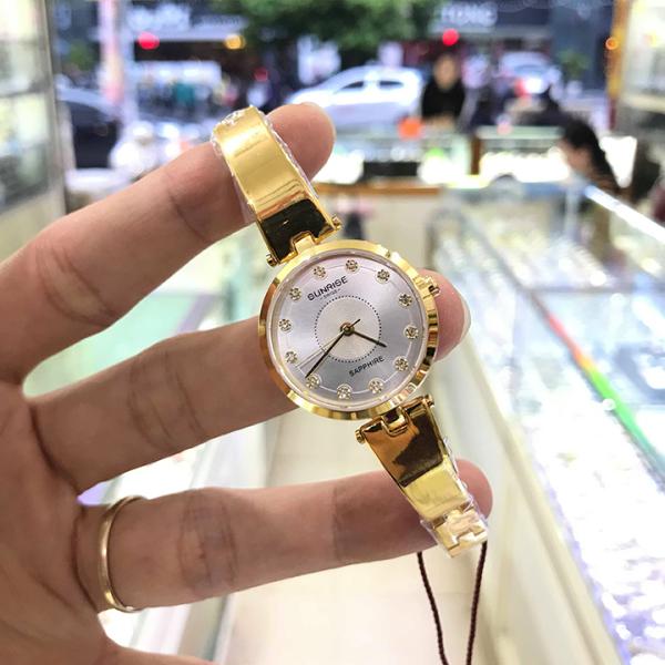 Đồng hồ nữ SUNRISE 9936SA mặt trắng Full hộp, thẻ bảo, Kính Sapphire chống xước và nước tốt bán chạy