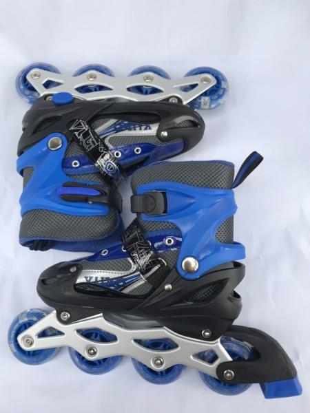 Phân phối Giày trượt patin màu xanh dành cho bé có bánh phát sáng