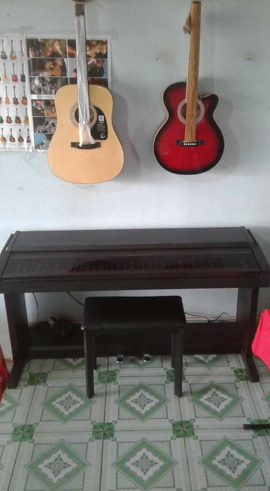 Đàn Piano Điện Roland HP 1000S Giá 7.500.000 Vnđ Khuyến Mại Hot