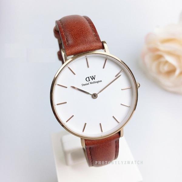 Đồng hồ nữ DW classic dây da sang trọng + Tặng kèm pin + Bảo hành 12 tháng bán chạy