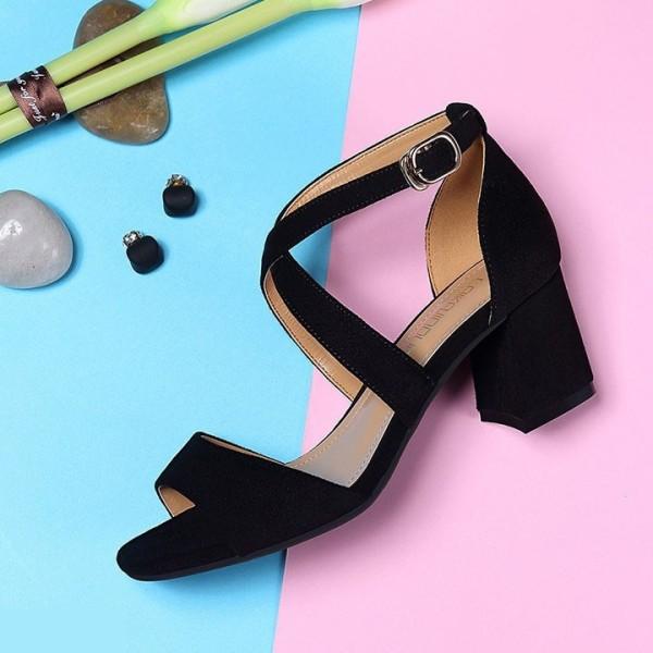Giá bán [Mã FASHIONGREEN15 giảm 10% tối đa 30k đơn từ 99k] Giày Cao Gót Nữ Quai Chéo Mảnh Đế Vuông 5cm