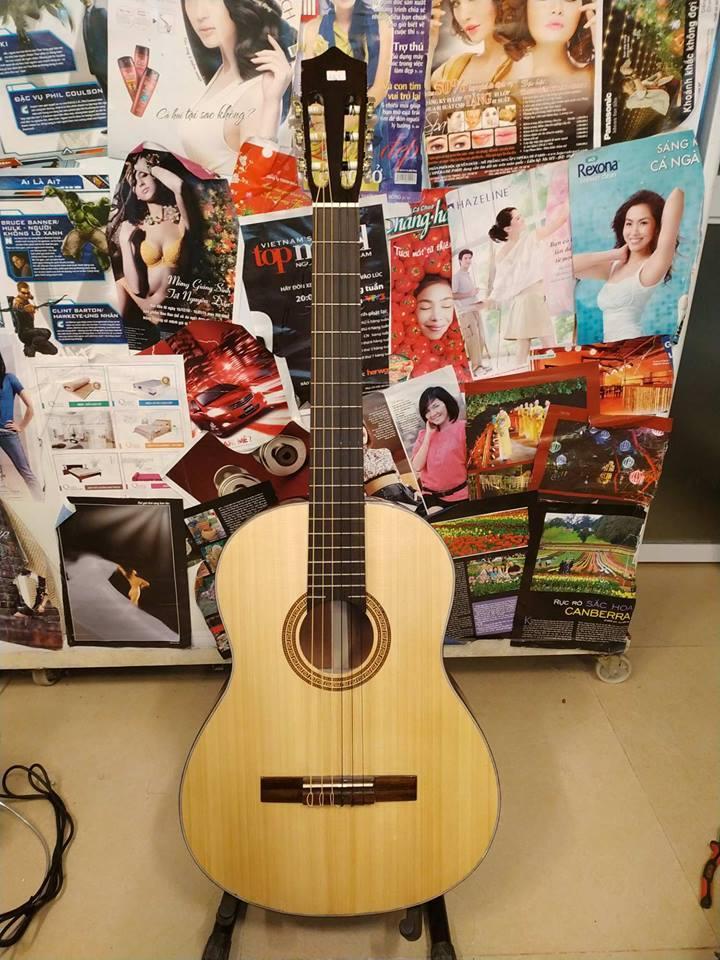 Đàn Guitar Classic Màu Gỗ