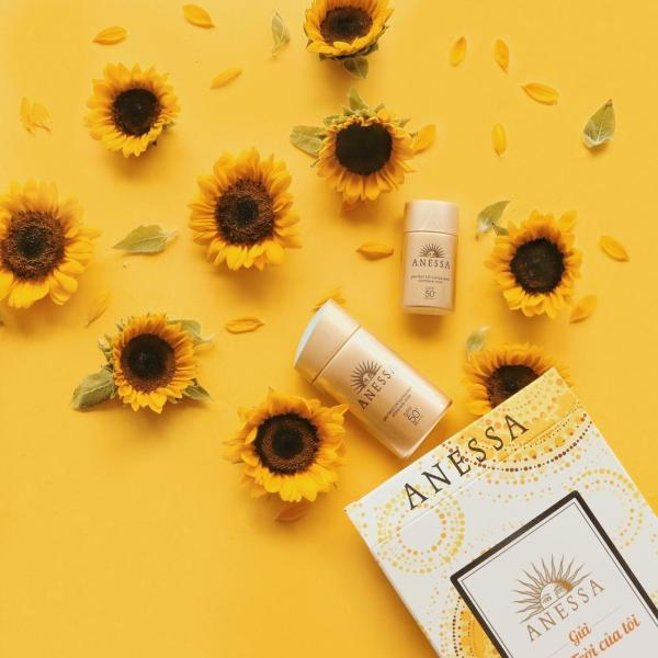 Sữa Chống Nắng Anessa Perfect UV Sunscreen Skin Care SPF50+/PA++++ 20ml