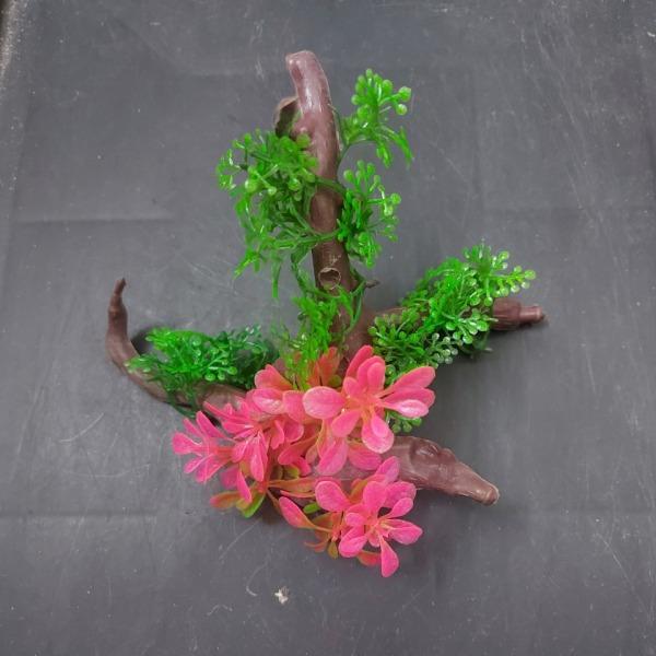Cây nhựa trang trí bể cá: mẫu cây nhựa giống lũa