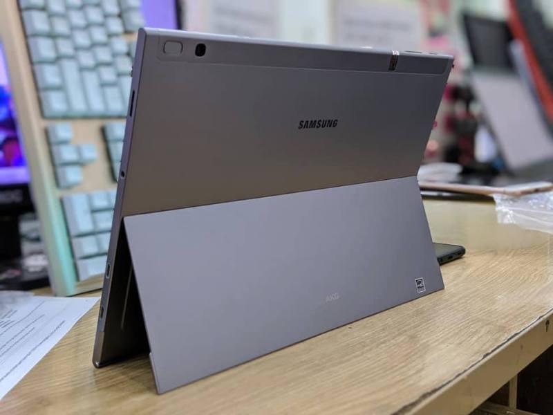 Máy tính bảng SAMSUNG GALAXY BOOK 2 (4/128GB) || Màn hình 12inch 2K || Snapdragon 850 - Tặng Kèm Đủ Phụ Kiện chính hãng
