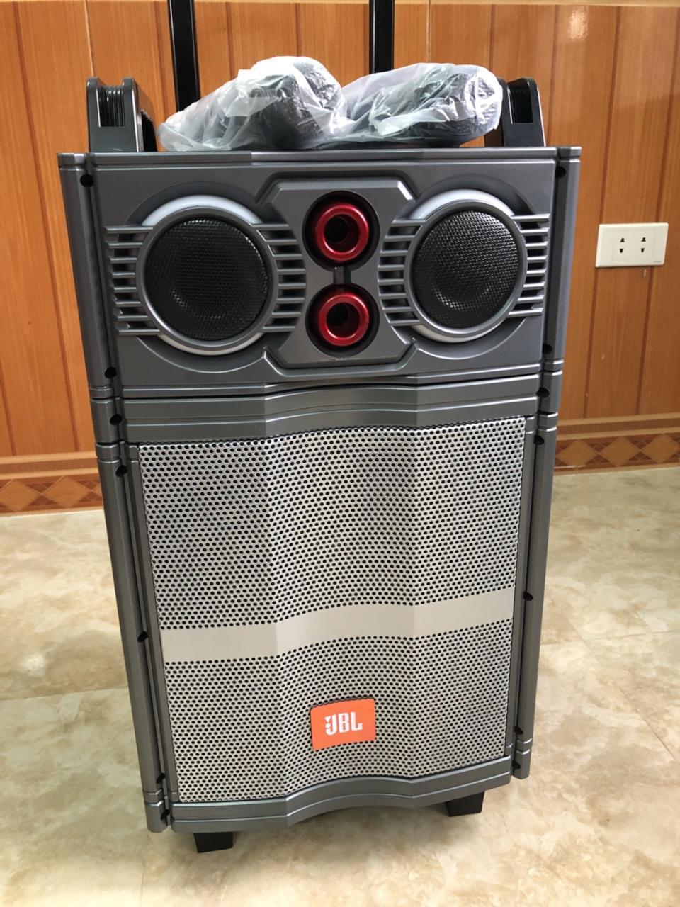 Coupon tại Lazada cho Loa Kéo JBL J105 Bass 30 + Tặng Kèm 02 Micro Không Dây