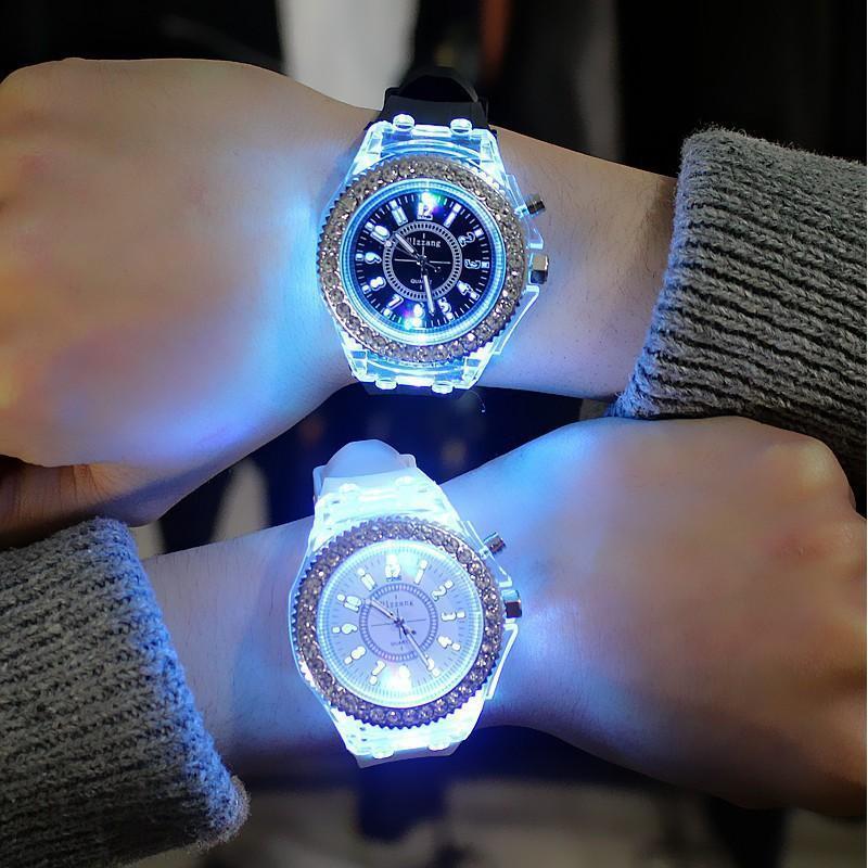 Nơi bán (Tặng kèm hộp và pin) Đồng hồ LED nam nữ phát sáng cực hot