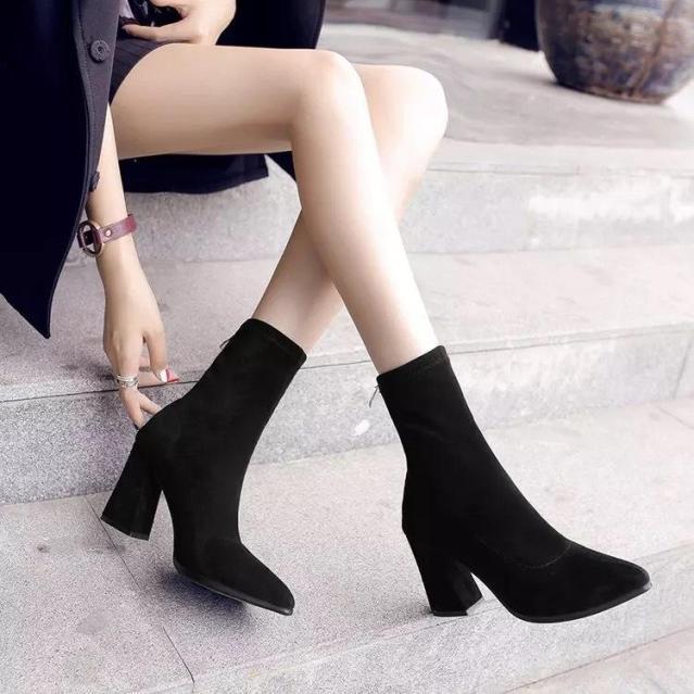 Giày bốt nữ đế số 7 siêu đẹp - giày boot nữ, boots nữ, giày cao gót nữ, giày cao gót đế vuông, giày cao gót 7p, giày cao gót giá rẻ, giày nữ đen, giày nữ thời trang, giày nữ hàn quốc, giày nữ hot, giày nữ đi học, giày nữ chất giá rẻ