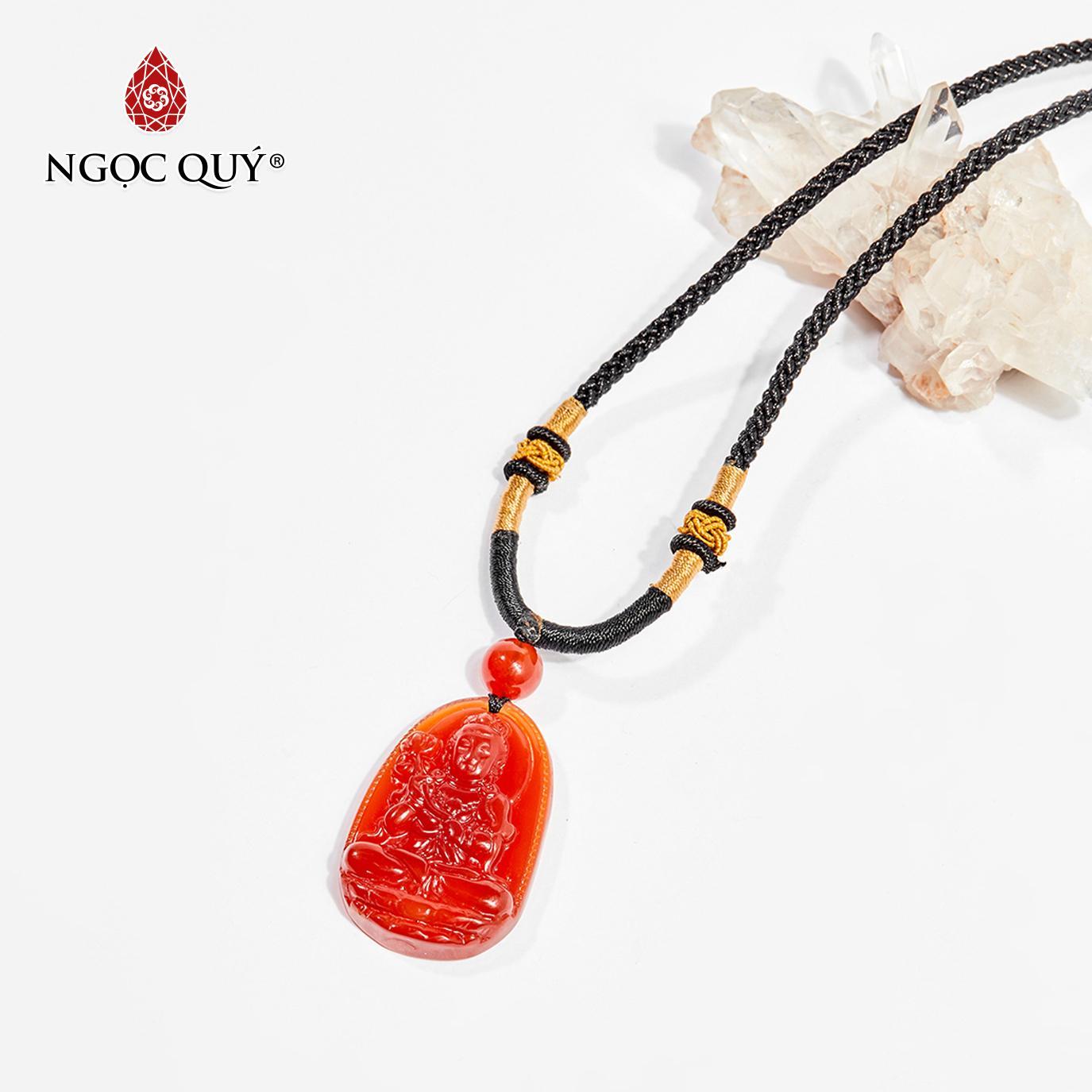 Mặt dây chuyền Phật bản mệnh đá mã não đỏ Đại Thế Chí Bồ Tát tuổi Ngọ 3.6 x 2.3cm (màu đỏ) - Ngọc Quý Gemstones