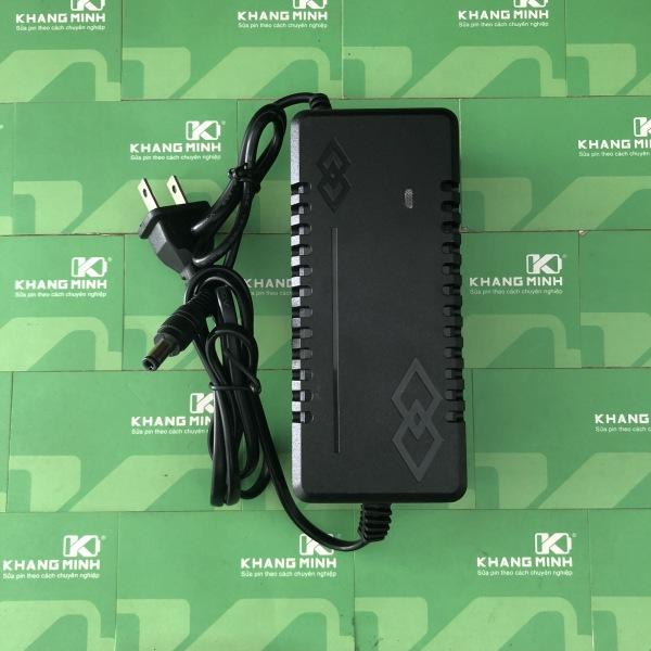 Sạc pin Li-ion 4S 16.8V 5A quạt, đèn báo đầy, chuyên sạc pin Li-ion 14.4V, 4 cell nối tiếp