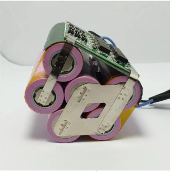Bảng giá Pin máy khoan: Khối pin Hitachi 3S2P 5000mah 40A. Chuyên thay cho Pin máy khoan Hitachi 12v và các vỏ pin 3S2P tương tự