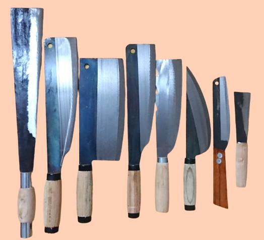 Bộ dao 8 món nhà bếp C4501, Hàng dao tông cán sắt , độ bén và độ bền cao