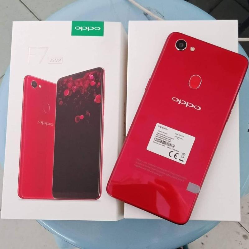 Oppo F7 64GB màu đỏ L1