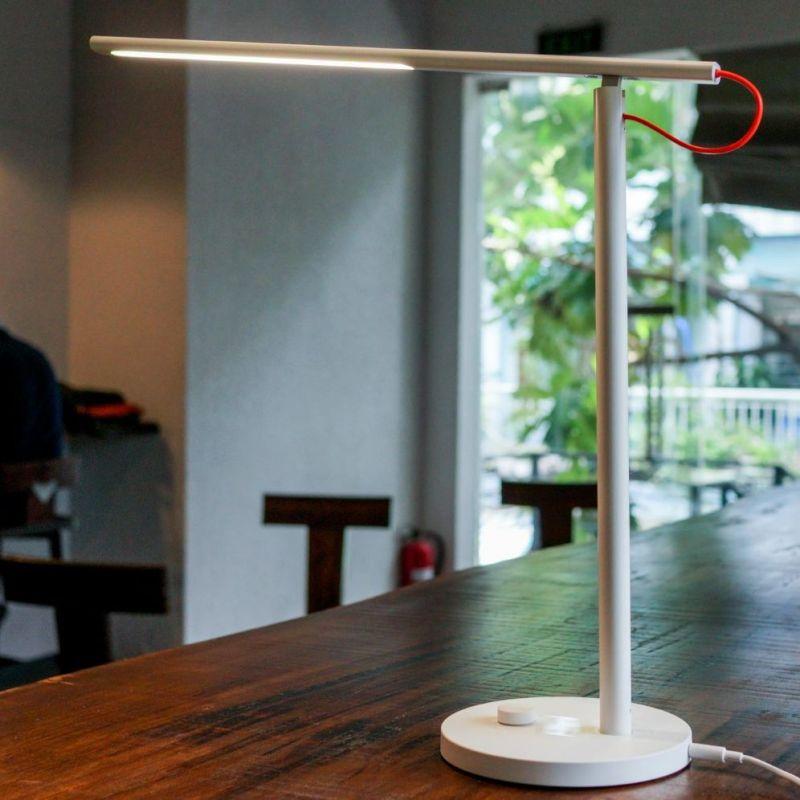 Đèn bàn led thông minh Xiaomi